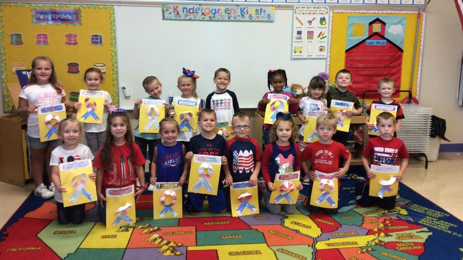 kindergarten students celebrating patriot's day