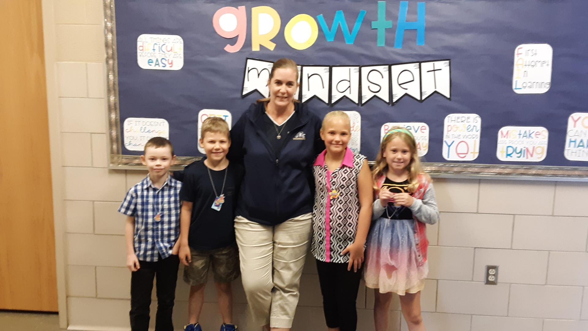 students win brag tag award