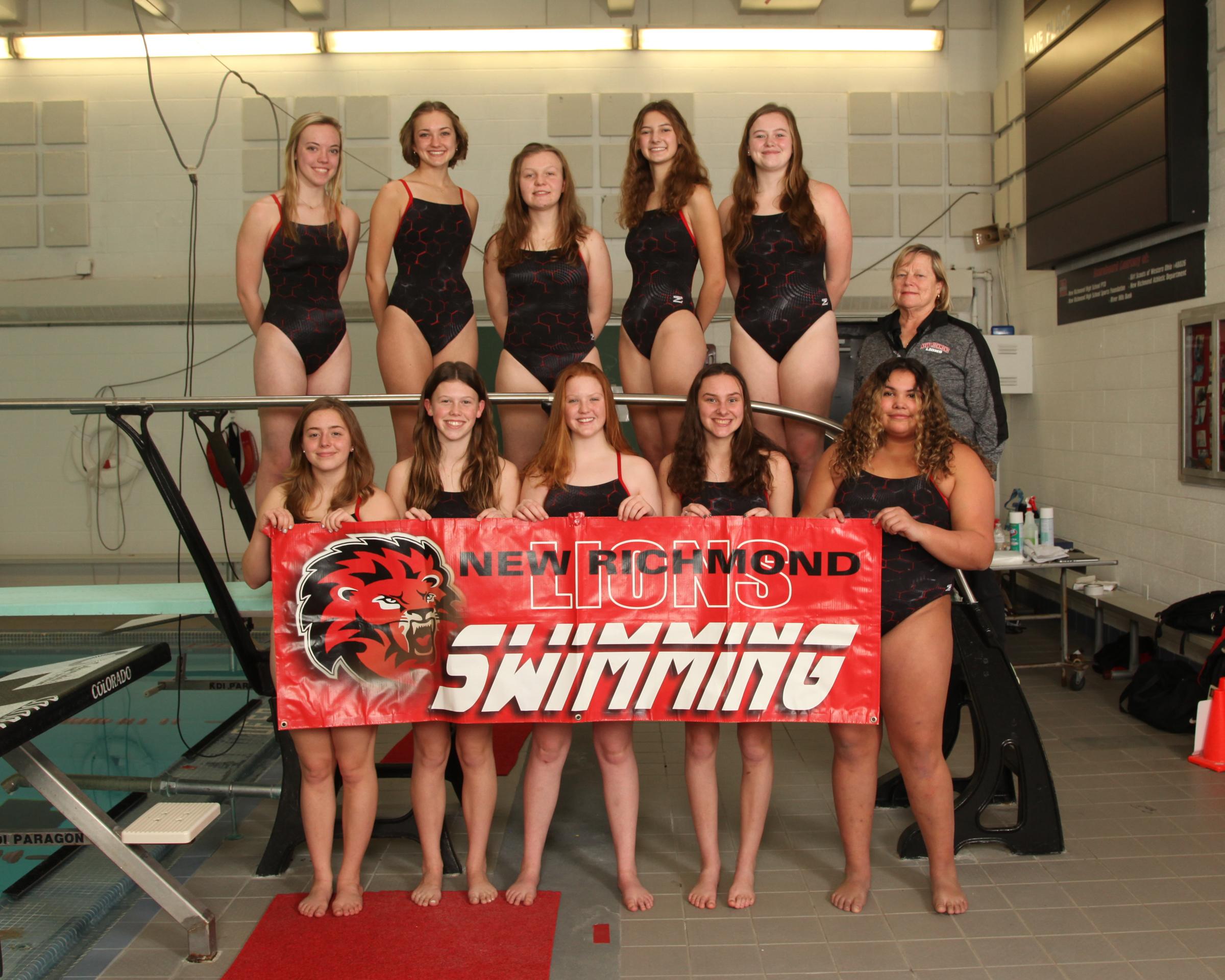 girls swimming team