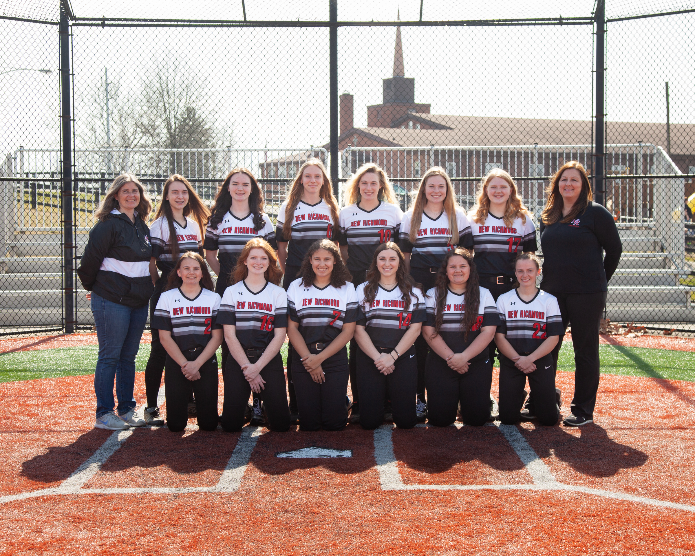 2021 Varsity Softball Team